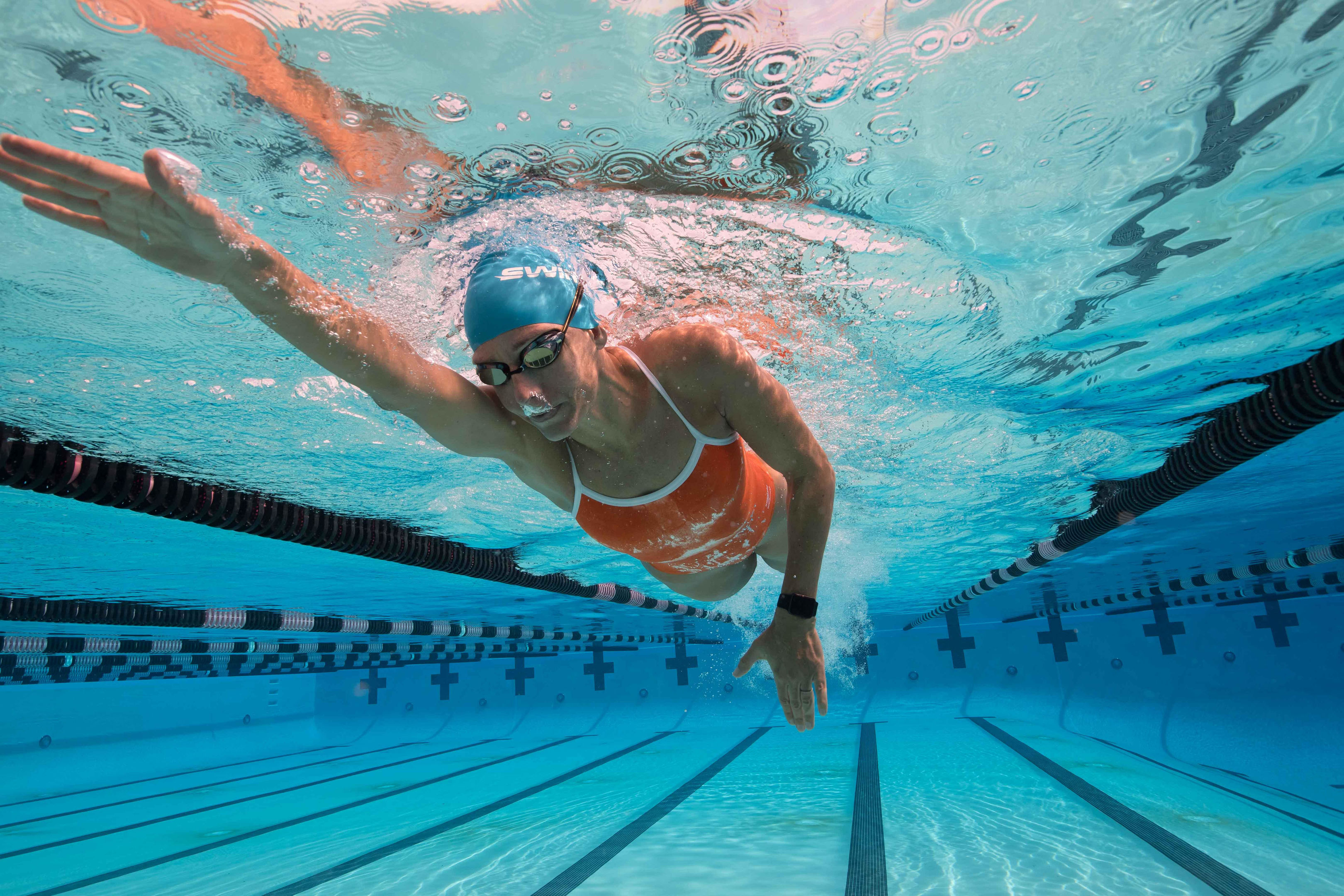 Who is The New Charming Star in Swimming Race